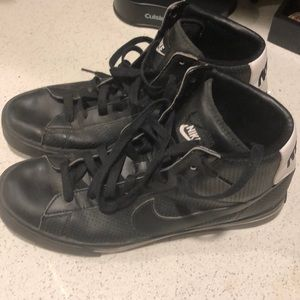 Leather Nike shoes.  Like new.  Size 11